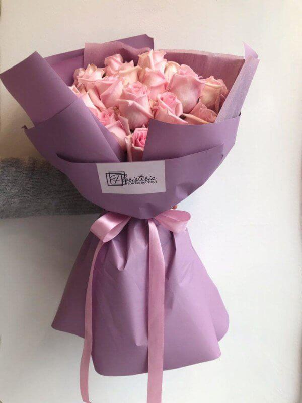 Romantyczny bukiet z 25 róż
