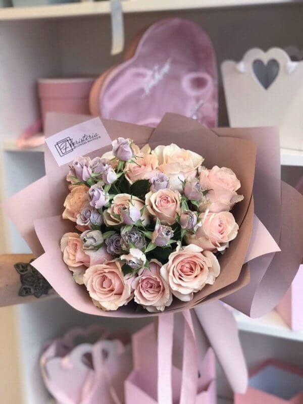 Bukiet z ekwadorskiej i angielskiej róży
