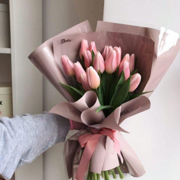 Bukiet z 15 tulipanów