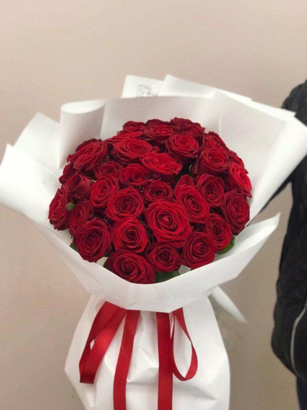 Bukiet z czerwonych róż 40 – 50 cm