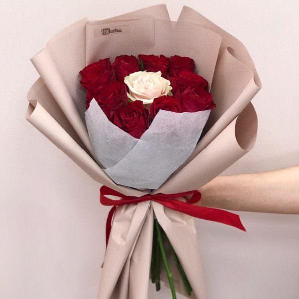 Bukiet z 11 róż