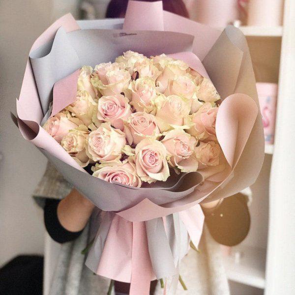 Bukiet z 25 ekwadorskich róż Pink Mondial