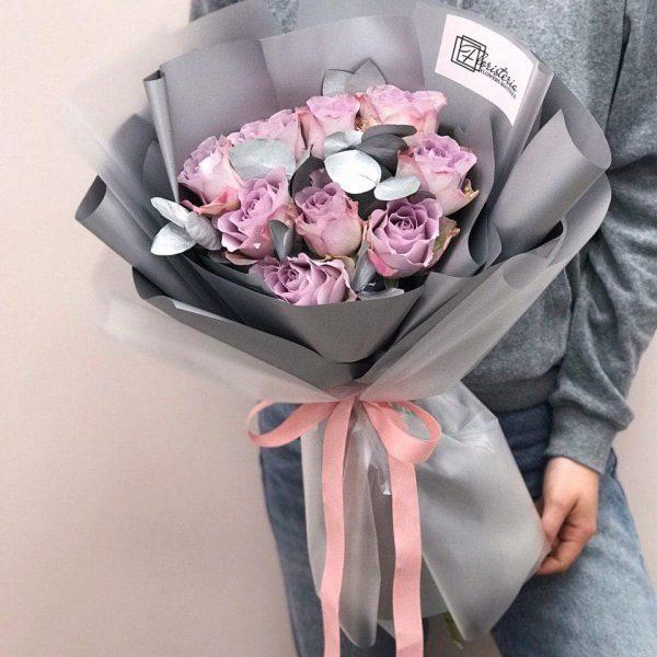 Bukiet z 9 róż odmiany Memory Lane