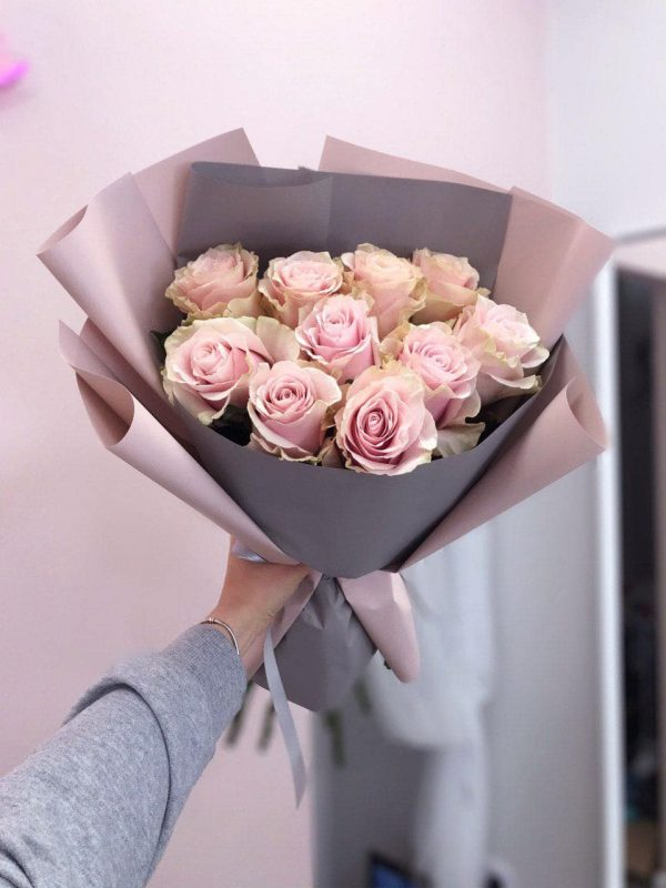 Bukiet z 10 ekwadorskich róż Pink Mondial