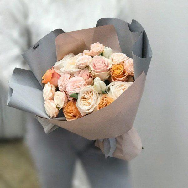 Bukiet z róż różnych odmian
