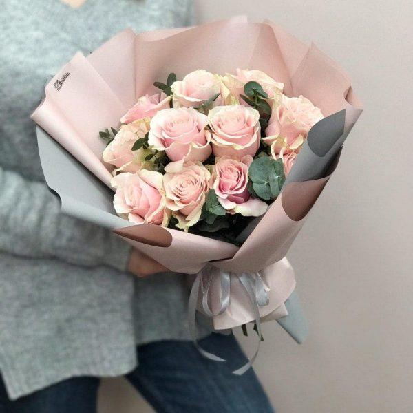 Bukiet z 11 ekwadorskich róż Pink Mondial